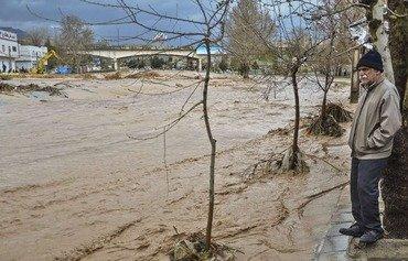 La négligence a conduit aux inondations en Iran, déclarent des analystes