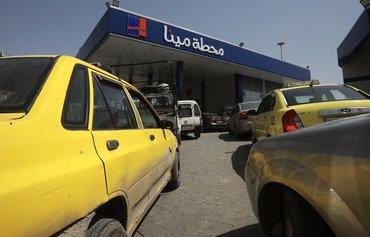 بنزین راننده تاکسی های جنگ زده دمشق سهمیه بندی می شود