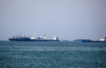 Iran's warning to shut Strait of Hormuz 'mere rhetoric': Omani experts