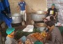 Sanaa charity kitchens feed the poor, displaced