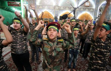 الميليشيات تدفع أموالًا للعراقيين لقاء المشاركة في فعالياتها المؤيدة لإيران