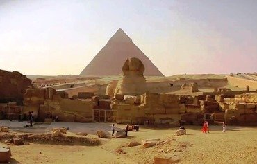 Egyptians dismiss ISIL threat to target pyramids