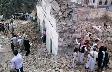 Yemenis denounce extremist attacks on shrines