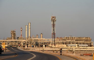 Houthis claim attacks on Saudi oil facilities