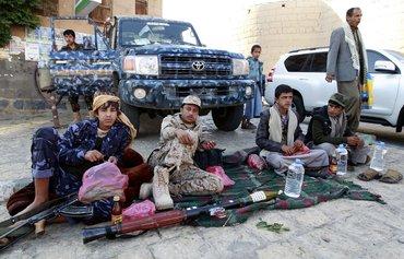الحوثيون يتحولون إلى تهريب المخدرات جراء العقوبات على إيران
