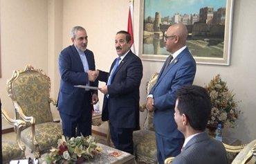 محكمة عسكرية في مأرب توجه اتهامات ضد سفير إيران في صنعاء