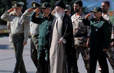توسل خامنه ای به سپاه برای حفظ قدرت در فقدان جایگاه و اعتبار مذهبی